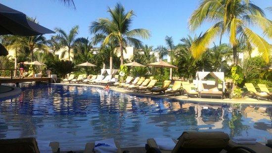 Marival Residences Luxury Resort : piscine