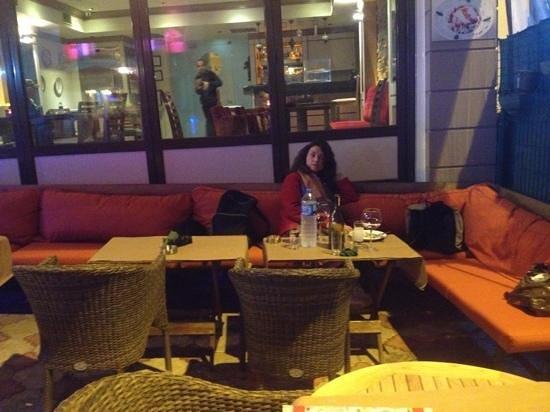 Seraglio Turkish Cuisine : terrasse confortable et chauffée