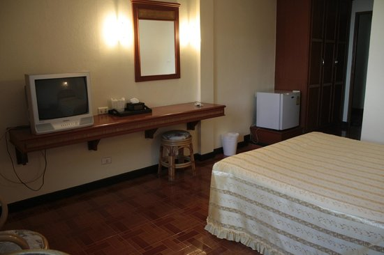 Roong Ruang Hotel: superior room