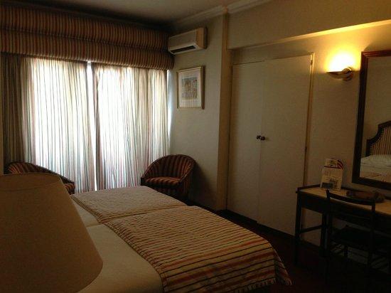 VIP Executive Diplomático Hotel: habitación