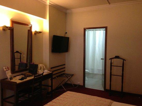 VIP Executive Diplomático Hotel: habitacion