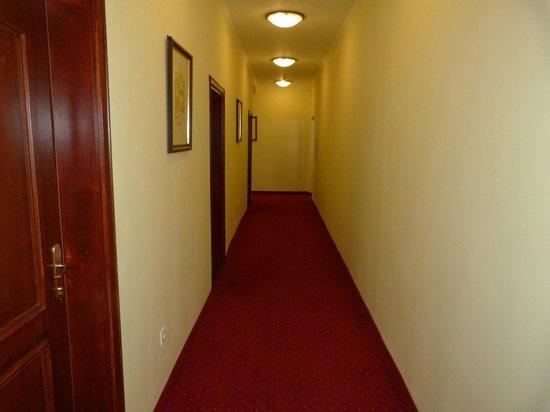 Hotel Jagerhorn: couloir