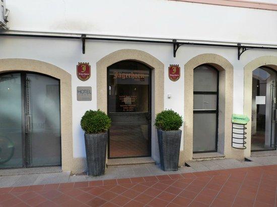 Hotel Jagerhorn: entrée de l'hôtel
