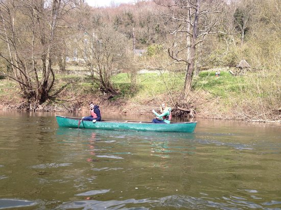 Ross on Wye Canoe Hire - Day Trips: Messing around on the river