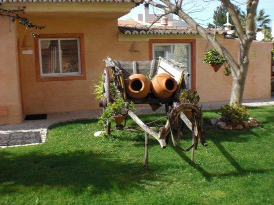 Costa D'oiro Ambiance Village: Gartenanlage