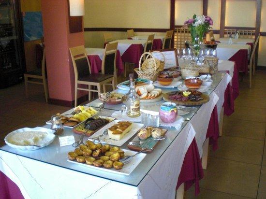 Costa D'oiro Ambiance Village: Frühstück portugisisch