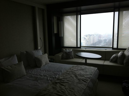 The Hotel - Brussels: The room