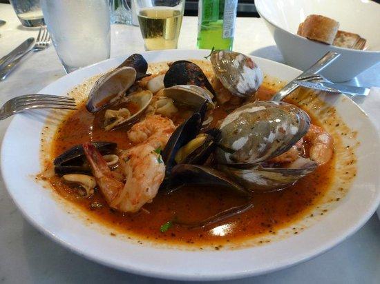 Santa Monica Seafood : cioppino