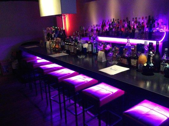 Fishbowl : The bars new look