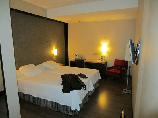 NH Madrid Lagasca: Superior Room