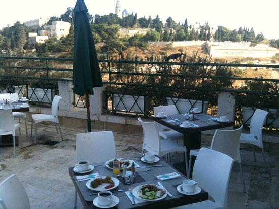 Mount Zion Hotel: Fresh  air, good meal and nice view