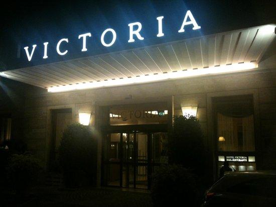 Hotel Victoria: Entrance