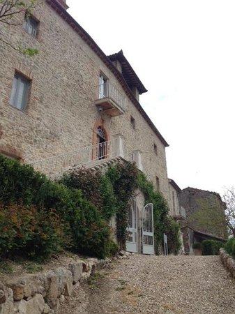 Castello di Montignano Relais & Spa: Facciata del castello