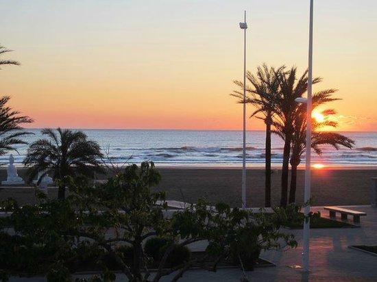 Playa de Gandía, España: Blick vom Balkon morgens