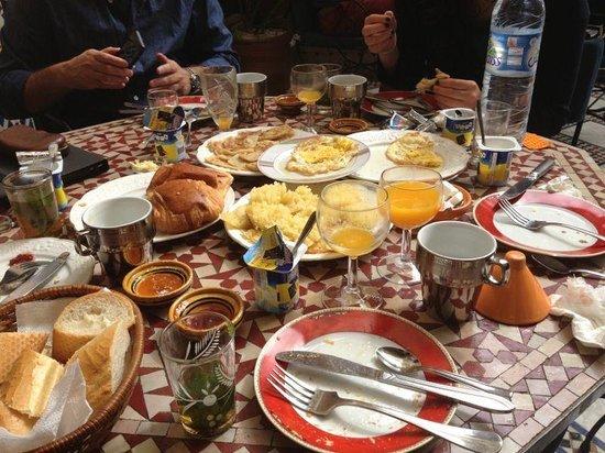Riad Layalina Fez: colazione