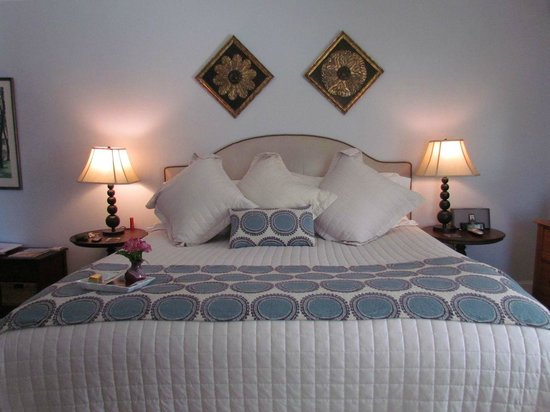 Captain Freeman Inn: Mashpee Room