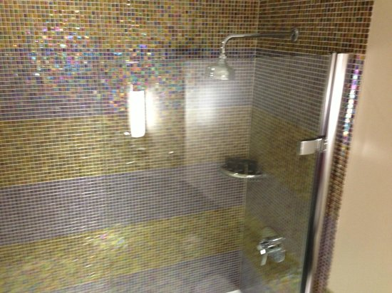 Sanctum Soho Hotel : bathroom2