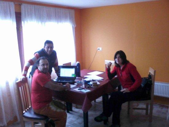 Hostel El Patagonico: cocina comedor
