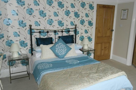 Buxton House: Suite bedroom