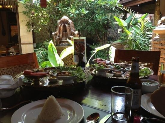 Sawasdee Village: Thai Cousine-Restaurant
