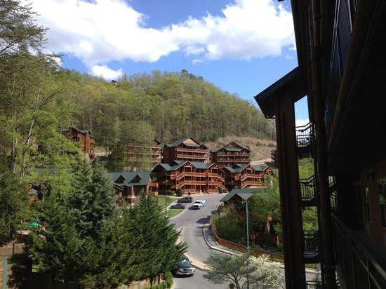 Westgate Smoky Mountain Resort & Spa: Back view from entrance to apartment