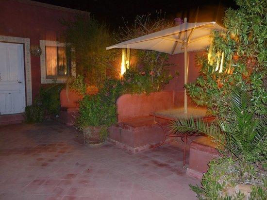 Riad Dar Alfarah: terrazzo