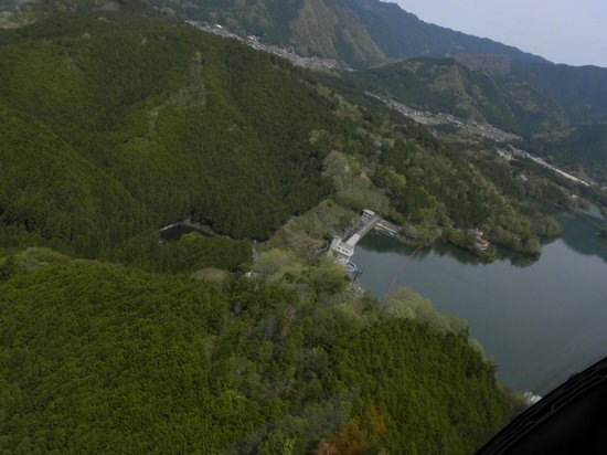 Tsuburoko Lake: 津風呂湖の上空から撮りました。