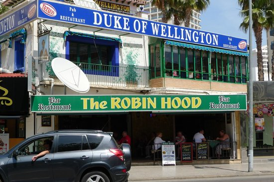 Bar The Robin Hood
