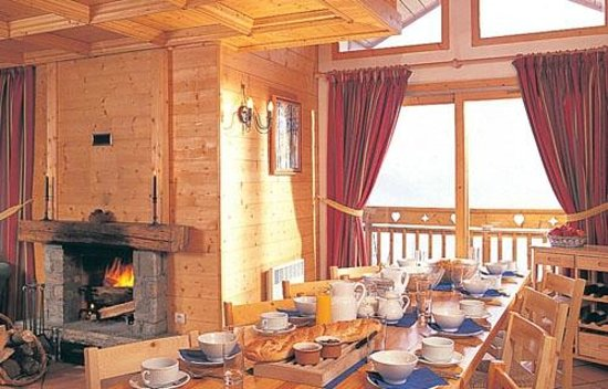 Chalet Le Meleze Dore: Dining area