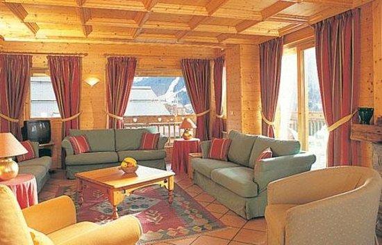 Chalet Le Meleze Dore: Lounge area