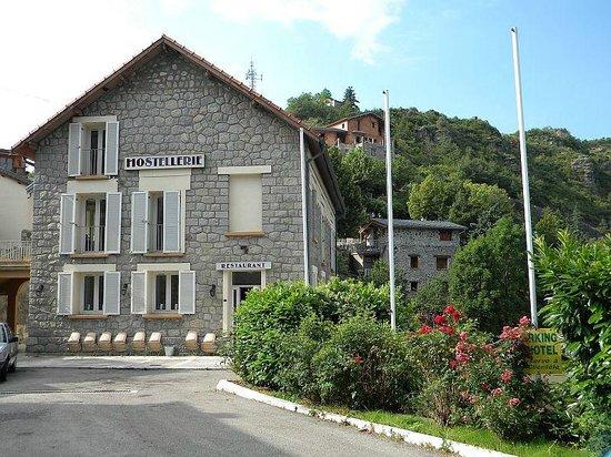 Hostellerie de Rimplas : Hôtel typiquement montagnard