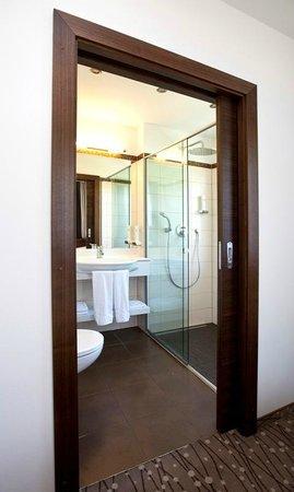 Austria Classic Hotel Hoelle: Badezimmer Comfort Classic Room