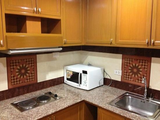 Paradise Sukhumvit : kitchen