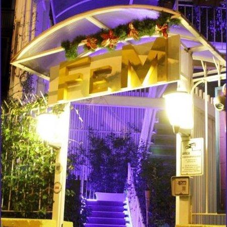 Fem: The Hall