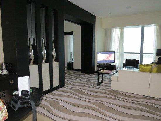 Sofitel Abu Dhabi Corniche: Suite