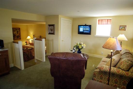 Normandy Farm Hotel & Conference Center: Suite