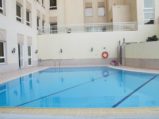 Movenpick Hotel Doha: Pool