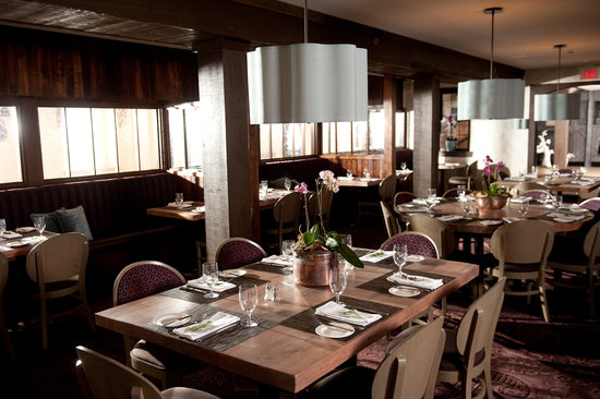 Normandy Farm Hotel & Conference Center: farmer's daughter main dining room