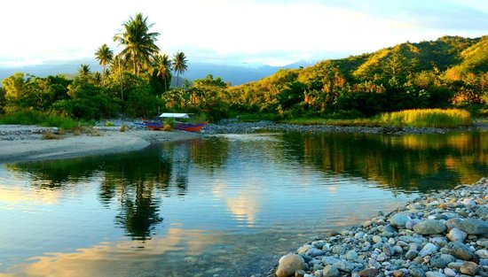 Tuko Beach Resort: View of the river and surroundings - near the resort