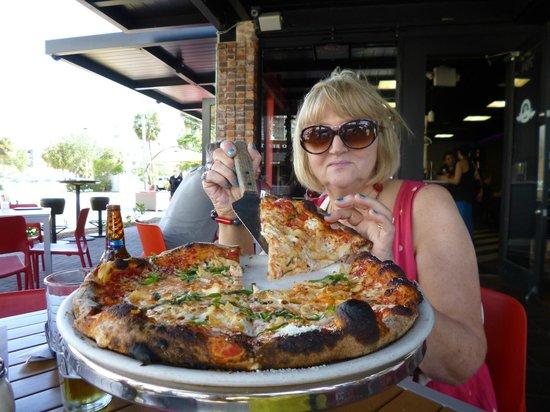 Las Olas Boulevard: Pizza of the Gods