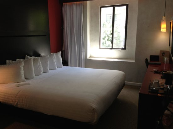 O Hotel: View of the room