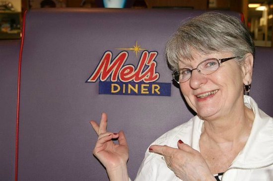 La Quinta Inn Fort Myers Central: Inside Mel's Diner