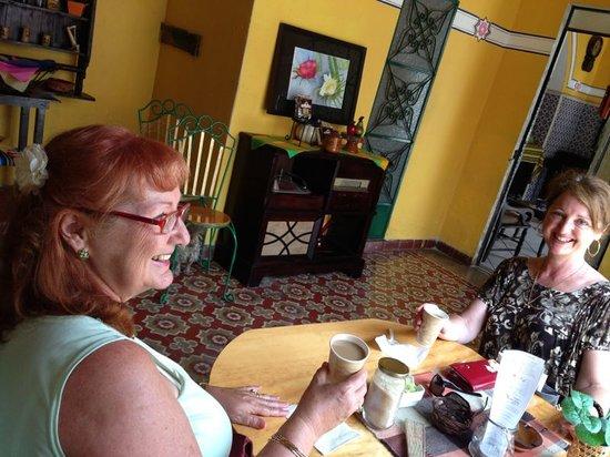 Hotel Mucuy: Un rico café.