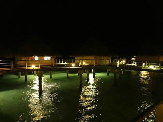 InterContinental Bora Bora Le Moana Resort: Overwater Bungalows at Night