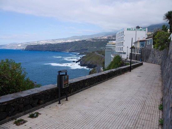 View along walkway to bellavista picture of bellavista - Hotel bellavista puerto de la cruz ...