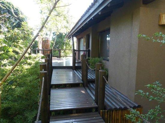 Loi Suites Iguazu: entrada vila