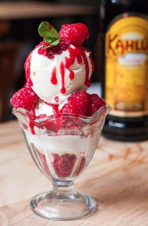 Kahlua Coffee House: Raspberry Sundae