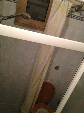 doccia water o water doccia - Foto di Soggiorno la Pergola, Firenze ...