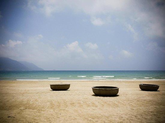 ซิกซ์เซนเซส รีสอร์ท กงด๋าว: beach in the morning