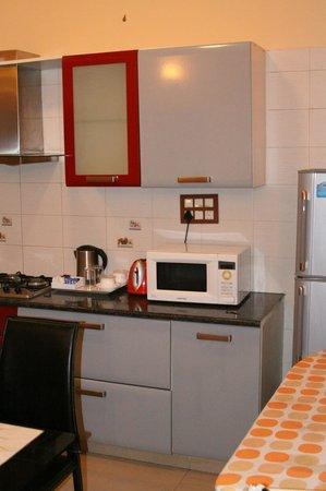 Stamford Residency: Full Service Kitchen